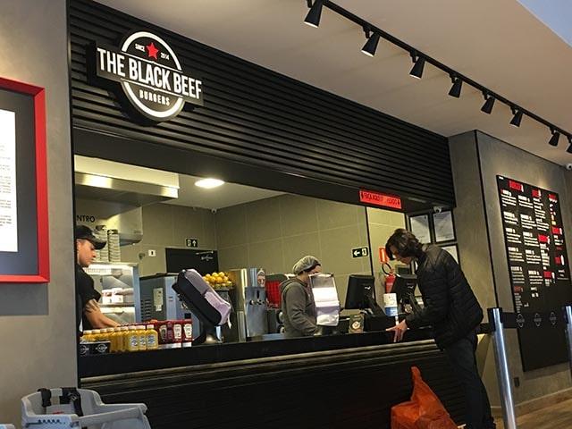 brise the black beef